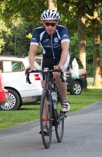 Jens hier als Führungsfahrer beim Trainingstriathlon in Harpstedt