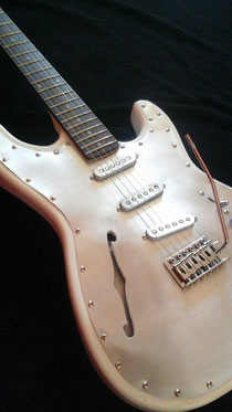 Mika Custom Thinline Guitar,