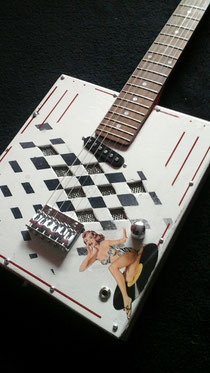 Mika Custom C-Box guitar
