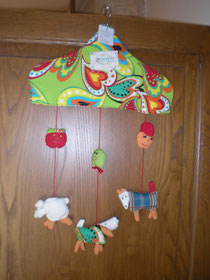 Baby mobile by Tomeo