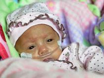 besonders Frühchen und kranke Babys profitieren von der Muttermilch!
