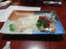 「魚一心」の活イカ踊り造り