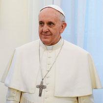 """""""Pope Francis in March 2013"""" von Casa Rosada - casarosada.gob.arDiese Datei wurde von diesen Werken abgeleitet:Pope Francis with Cristina Fernandez de Kirchner 7.jpg. Lizenziert unter Creative Commons"""