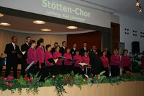 Chorkonzert zugunsten der Schmetterlingskinder unter der Leitung von Karl Lohninger in Bad Hall. Stötten-Chor
