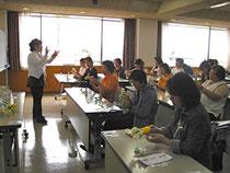 プリザーブドフラワー講習会30人参加