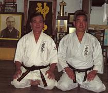 Уэчи Канмэй Сэнсэй (Сокэ - Партриарх Уэчи-рю Каратэ-до) и Шимабукуро Юкинобу Сэнсэй