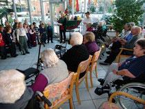 Schenefelder Liederracker zu Besuch im Haus Mühlental
