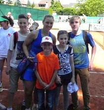 Angelique mit Mika, Elias, Annabelle und Robin