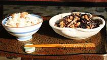 豆ご飯と豆ひじき