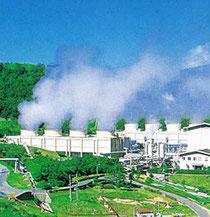 大分県八丁原地熱発電所 (経産省HPより)