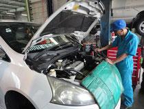 車検整備・バッテリーテスターによる良・否判定
