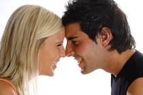 Professionelle Zahnreinigung: Schutz vor Karies, Parodontose und Mundgeruch (© Gina Sanders - Fotolia.com)