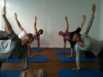 Kleine Pilates Gruppe