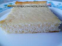 Pastel de queso fresco naranja y ron