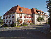 Glasstraße: Rathaus in Plößberg