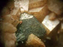 Tetraedrit auf Dolomit BB ca. 5 mm