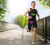 Et également notre triathlète Allemand Henry Beck 19e place à l'Ironman 2013 sur 2 500 participants et de nombreux titres nationaux en Triathlon.