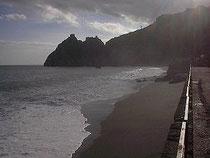 spiaggia di santa teresa di riva e castello di Sant' Alessio