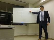 中日文化センターでの講師風景