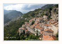 """Vallée de l'Esteron """"Sigale"""" Réf : Alp12 010"""
