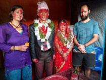 Brautpaar in der Mitte
