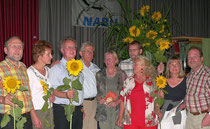 """Blick zurück: Franz Alt im Jahr 2005 zu Besuch beim NABU in Morsbach. Der bekannte Fernsehjournalist hielt damals im """"Haus im Kurpark"""" einen bemerkenswerten Vortrag über regenerative Energien unter dem Motto """"Die Sonne schickt uns keine Rechnung"""" ( C.Bu)"""