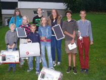 Die Kindergruppen freuen sich über die Solarstationen