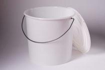 Plastic bucket 10 L with cap
