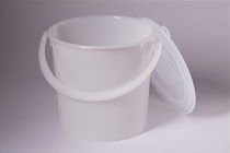 Plastic bucket 1,25 L with cap