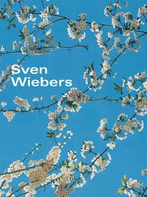 blues Cover mit weißen Blüten