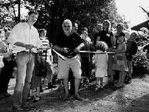 Foto: Feuster / NABU  Eröffnung des Schweinegeheges