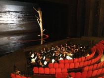 開演前のオーケストラ