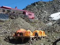 Glungezerhütte basecamp