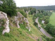 Felsformationen im Altmühltal Foto: M. Becht