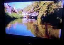 ▲テレビの画面を写真に撮ったもの。コッツウォルズ地方と推測される