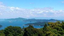 周防大島 嵩山中腹より遠く四国を望む