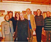 im Vordergrund Hubert Tassati, der Organisator der Lesung, links im Bild die Museumskuratorin