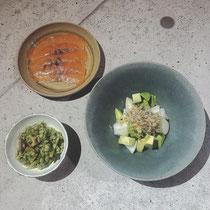 押麦とセロリ、タコのサラダ アボカドとカブの和え物