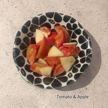 トマトとりんごのサラダ