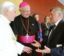 Papst Benedikt XVI. mit Erzbischof Robert Zollitsch und Alois Glück, Präsident, ZdK