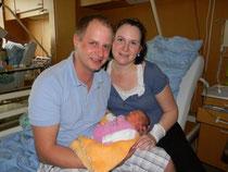 Kristina mit ihren stolzen Eltern