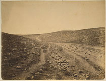 Roger Fenton, Shadow of the Valley of Death, 1855, USA Libray of Congress