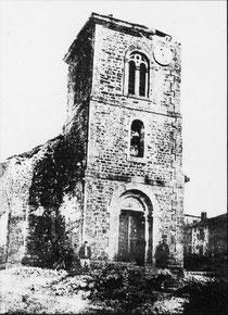 Der beschädigte Kirchturm