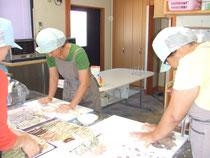 菓子製造作業風景
