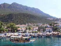 Viele Touristen machen Kaş zu ihrer Basis, um von hier aus Tagesausflüge wie zur Kaputas-Bucht zu unternehmen. Foto: Manuel Meyer