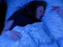 Nachts wieder schlafen: Kann ein Schichtarbeiter aus gesundheitlichen Gründen keine Nachtdienste leisten, so muss sein Arbeitgeber die Schichten umorganisieren. Foto: Kai Remmers