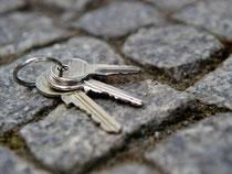 Wenn der Schlüssel weg ist, kann das teuer werden. Foto: Daniel Bockwoldt