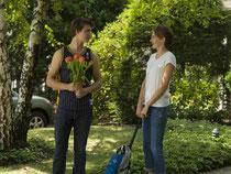 Ansel Elgort (l) und Shailene Woodley in einer Szene des Films «Das Schicksal ist ein mieser Verräter». Foto: 20th Century Fox