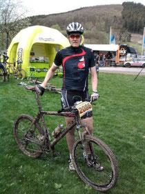 Ich mit meinem 100 Kilo-Bike