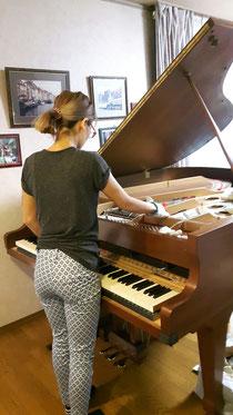 グランドピアノ16000円